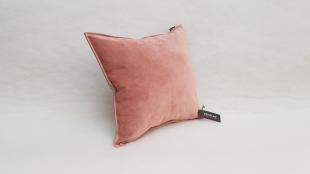 BROOK - povlak na polštářek růžový