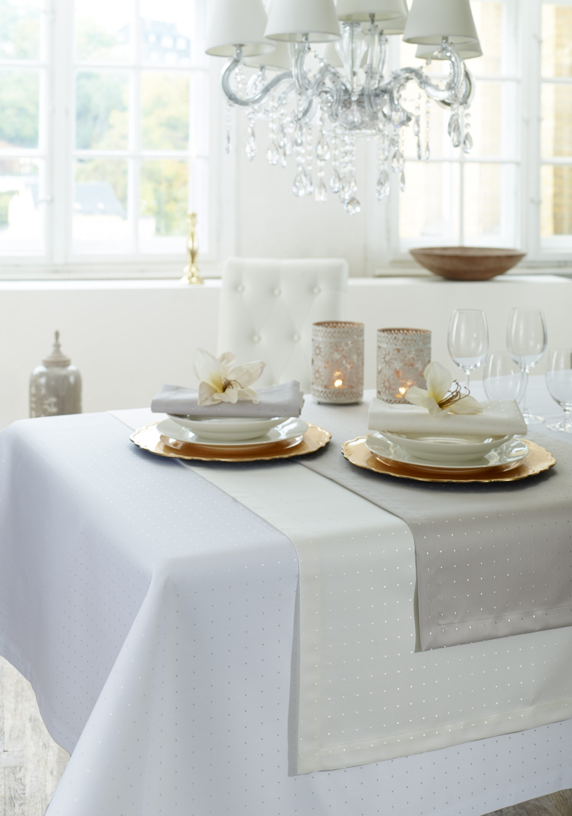 Stolní prádlo PETITO - bílá barva
